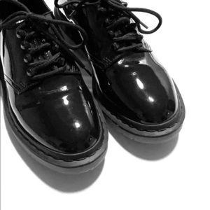 Women's Oxford Doc Martens Patent Leather